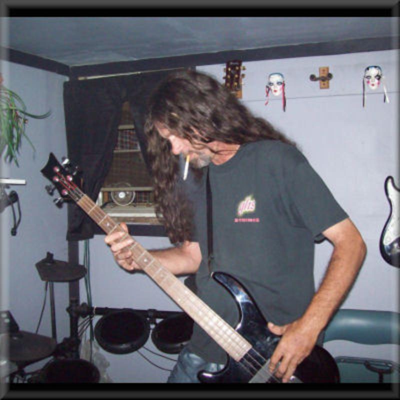 Paul Lennon's avatar
